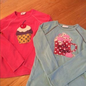 Bundle of 2 Mini Boden long sleeved t shirts.